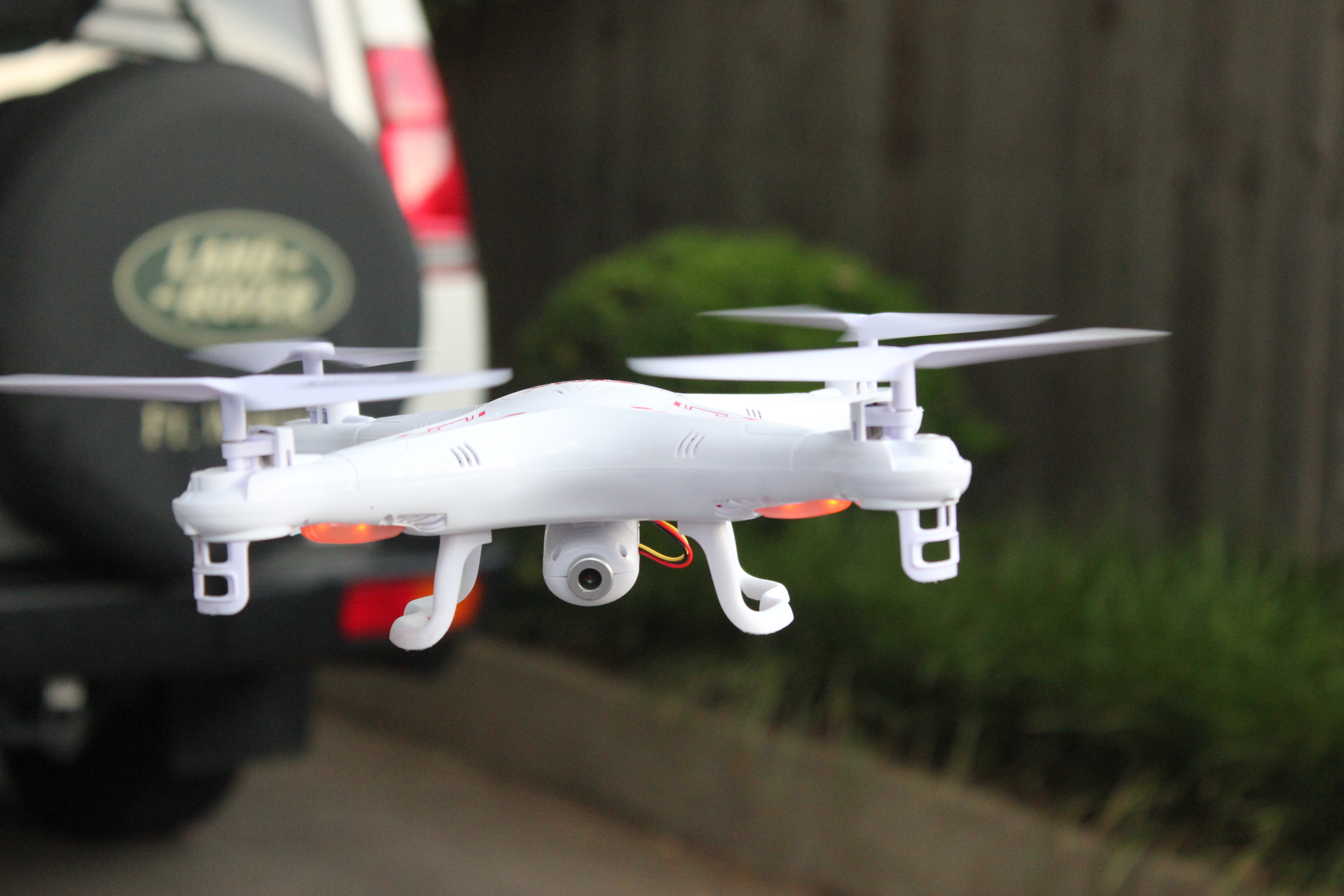 Syma quadcopter head on